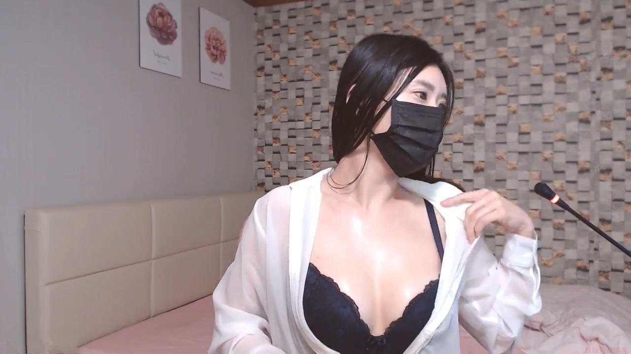 韩国女主播福利视频 尺度很大